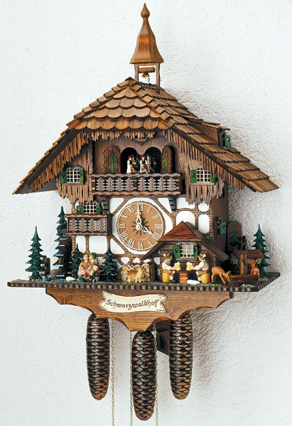 Kissing couple cuckoo clock