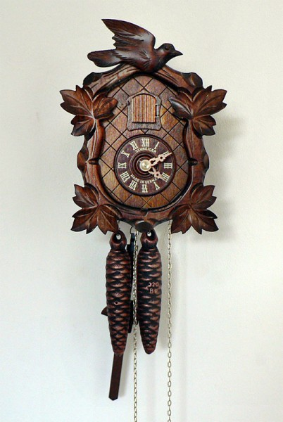 Tiny cuckoo clock